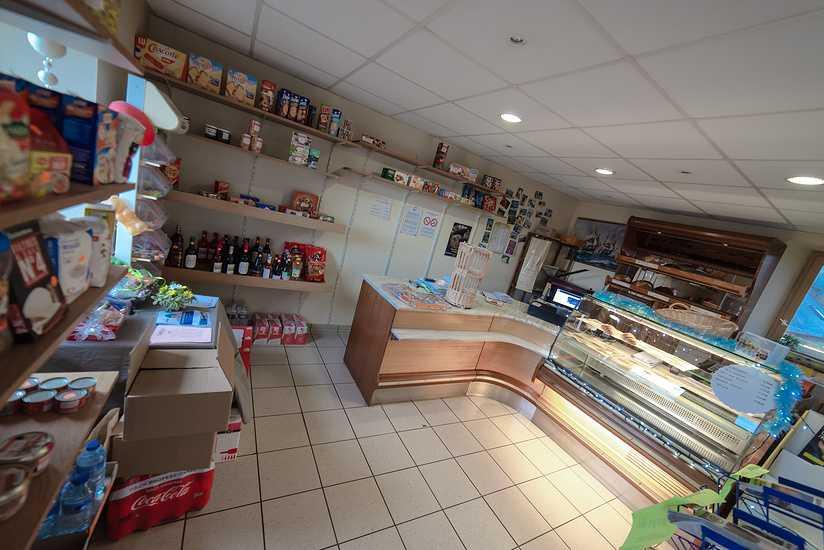 Boulangerie-pâtisserie- épicerie -Saint-Martin-des-Prés 0